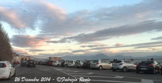Lungomare Caracciolo ridotto a parcheggio, 26 dicembre 2014
